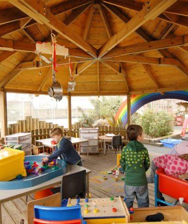 3 Fun Games Kids Can Enjoy Outdoors