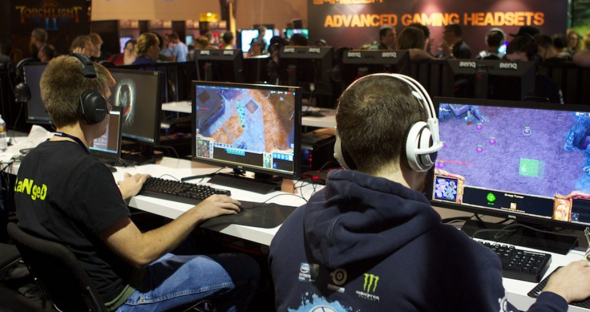 The advantages of gaming headsets
